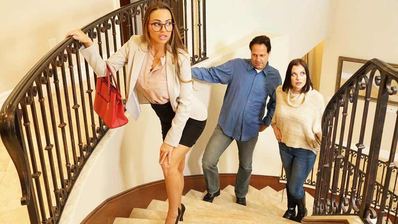 Hot real-estate agent is riding a well-hung squatter while her customers are around
